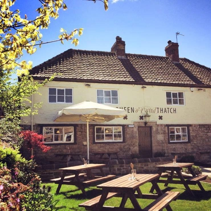 The Queen o' t'owd Thatch